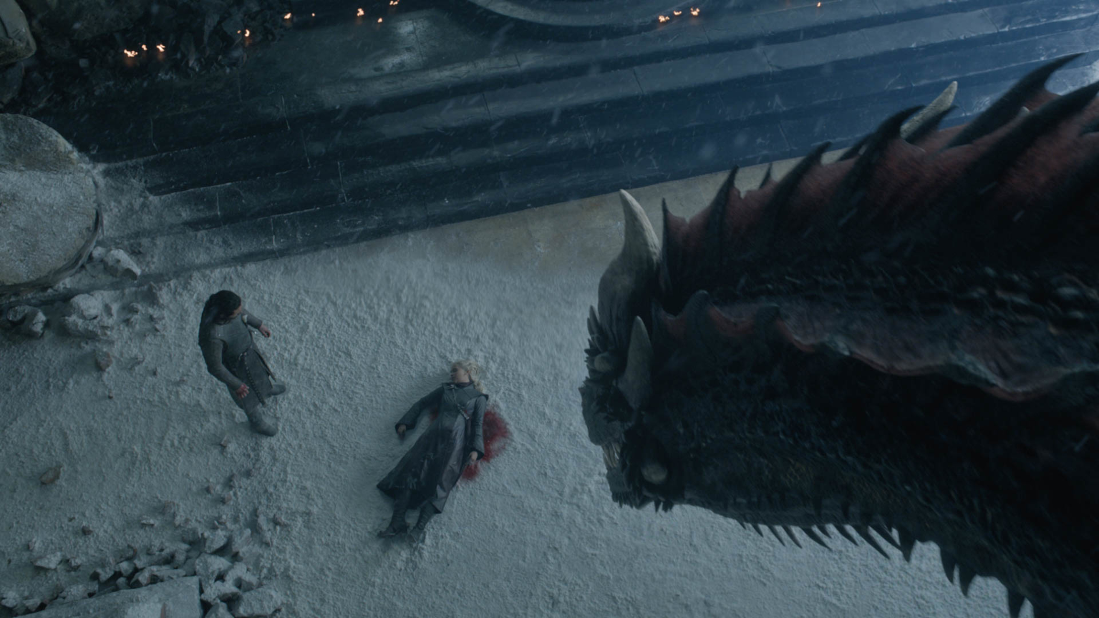 Official-806-Drogon-sees-Jon-and-dead-Daenerys-Courtesy-of-HBO.jpg